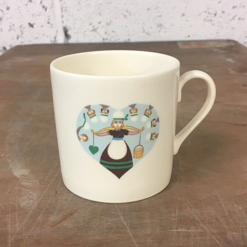 WAREHOUSE SALE! 8TH DAY OF CHRISTMAS CHILD'S MUG