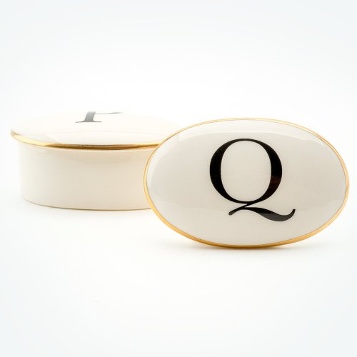 BASKERVILLE LETTER Q 22CT GOLD TRINKET BOX