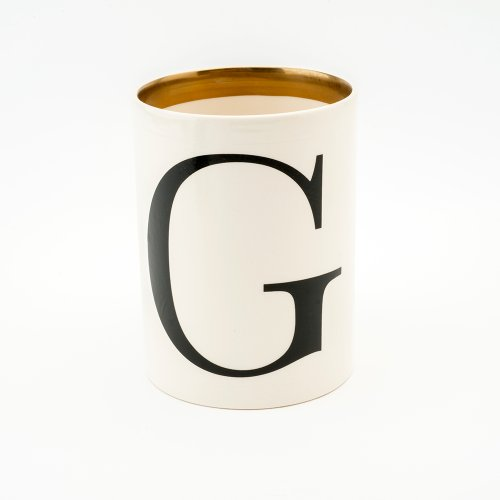 BASKERVILLE LETTER G LARGE PEN POT