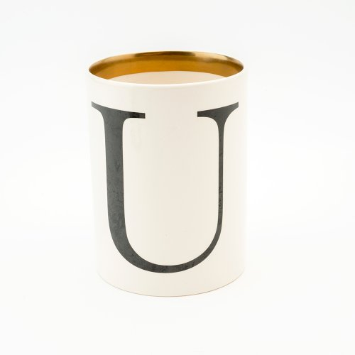 BASKERVILLE LETTER U LARGE PEN POT