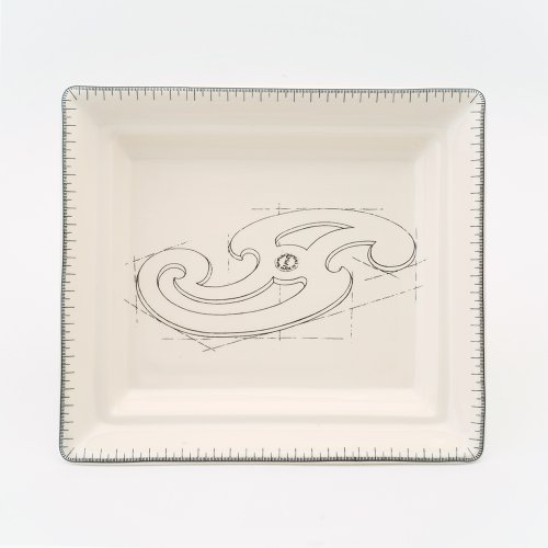 FRENCH CURVE HALL TRAY