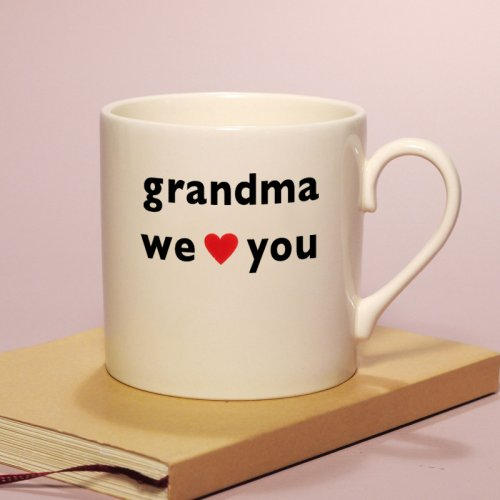SALE! GRANDMA WE HEART YOU MUG