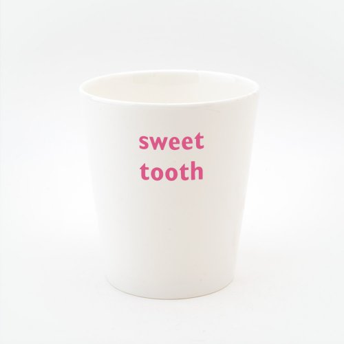 SWEET TOOTH TOOTHBRUSH HOLDER