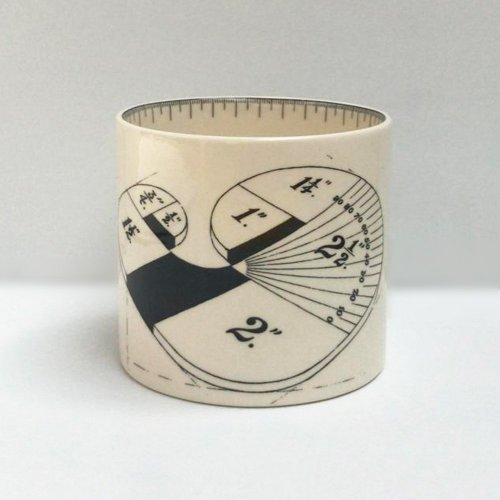 WOOD CURVE SMALL PEN POT