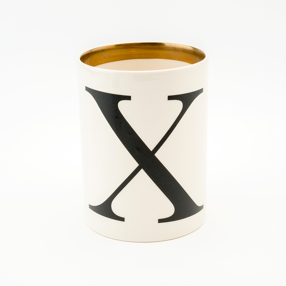 Baskerville letter X large pen pot